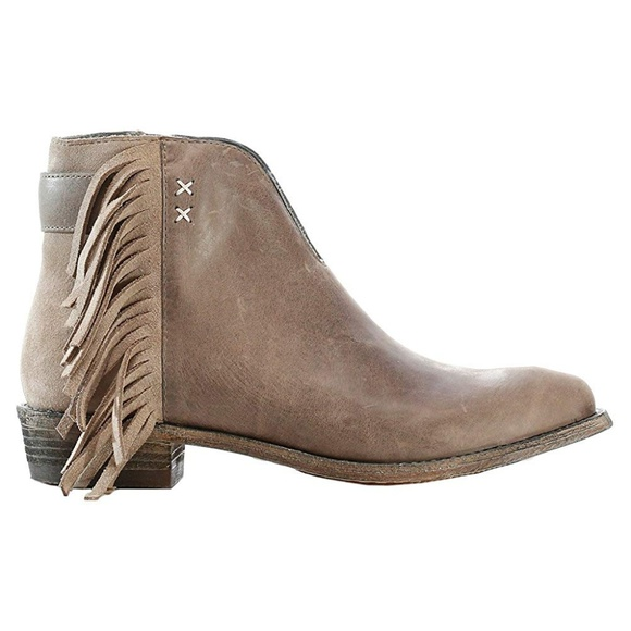 7546d8772a3 Koolaburra Womens Dallas Leather Fringe Ankle Boot